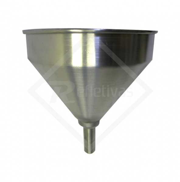 Funil de alumínio utilizado em vários segmentos que necessitam efetuar a transferência de líquidos ou produtos sólidos pequenos de uma embalagem maior para uma melhor evitando seu desperdício.